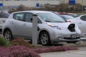 Японский электромобиль Ниссан, какой он?