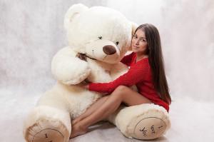 Недорогие плюшевые медведи: желанный подарок и любимец миллионов