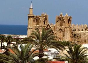Кипр - яркость красок