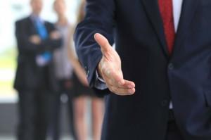 2 причины стать успешным человеком с помощью финансового консалтинга на сайте algo-profit.com