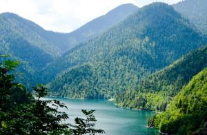 Озеро Рица - волшебство абхазской сказки