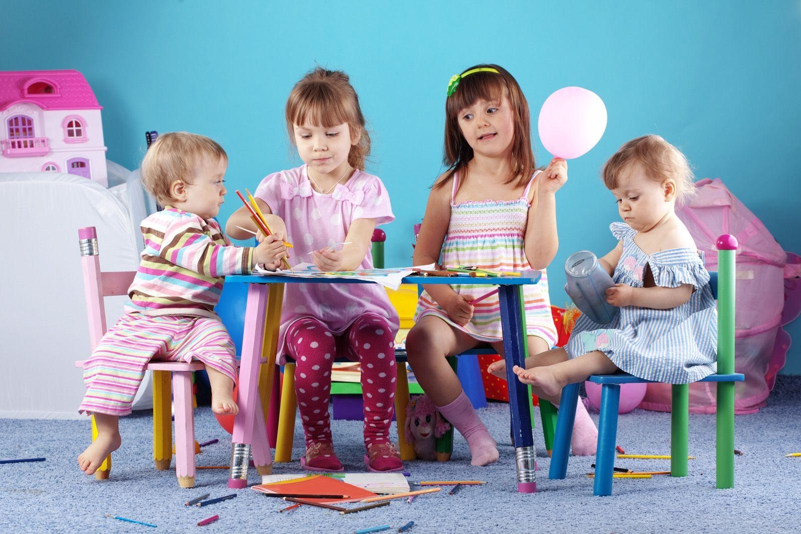 Почему лучше отдавать малыша в частный детский сад?
