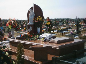 Изготовление памятников на заводе Гранд Стоун