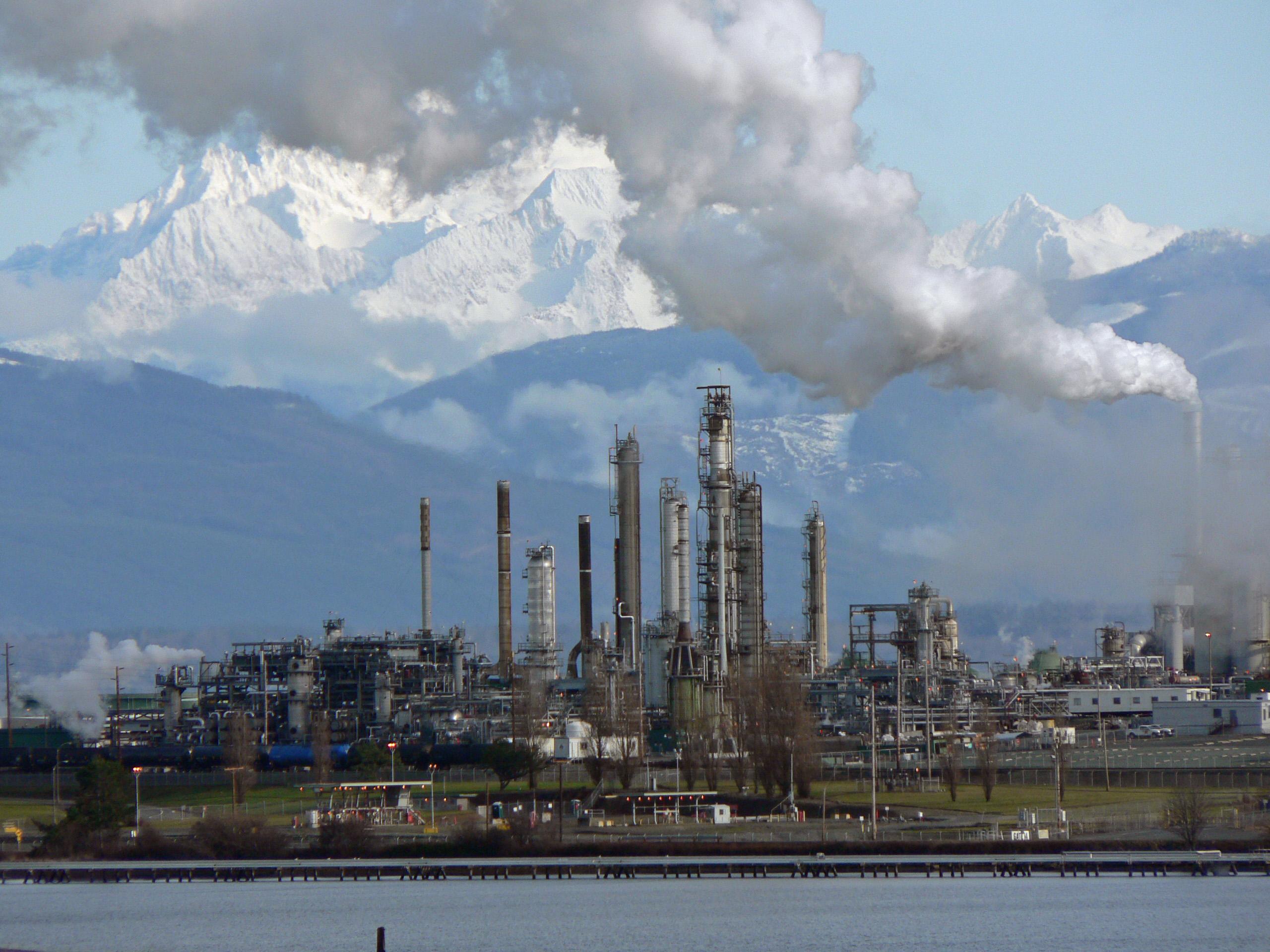 Нефтеперерабатывающая промышленность