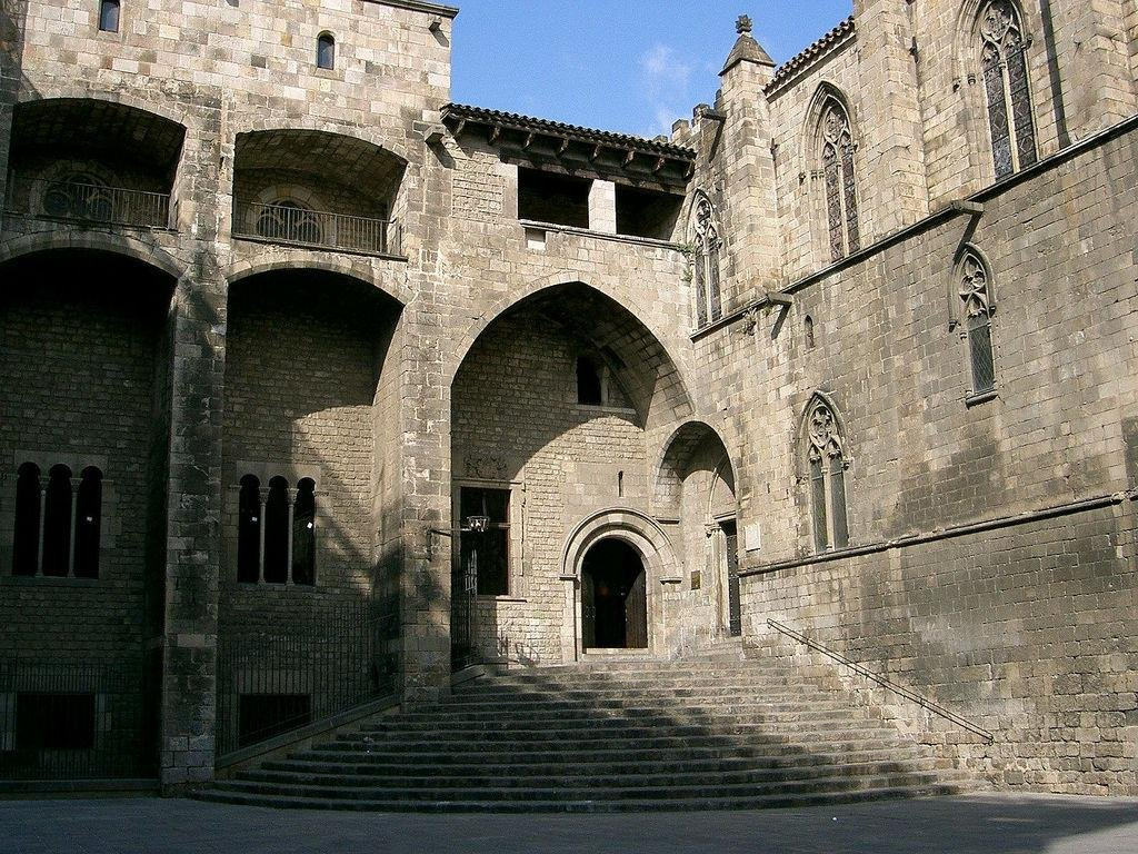 Экскурсия по Барселоне - Готический Квартал