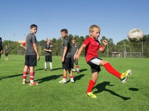 Футбольная экипировка - важный элемент в футболе